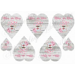 Shabby - Fa és csipke hátterű szívek kávéscsészével, rózsaszirmokkal
