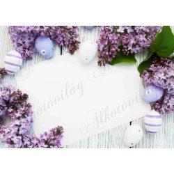 Húsvéti fotóháttér lila orgonák tojásokkal és papírlappal termékfotózáshoz